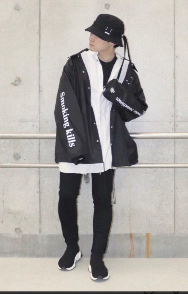 韓国ファッション:バケットハット×オーバーサイズシャツ×コーチジャケット